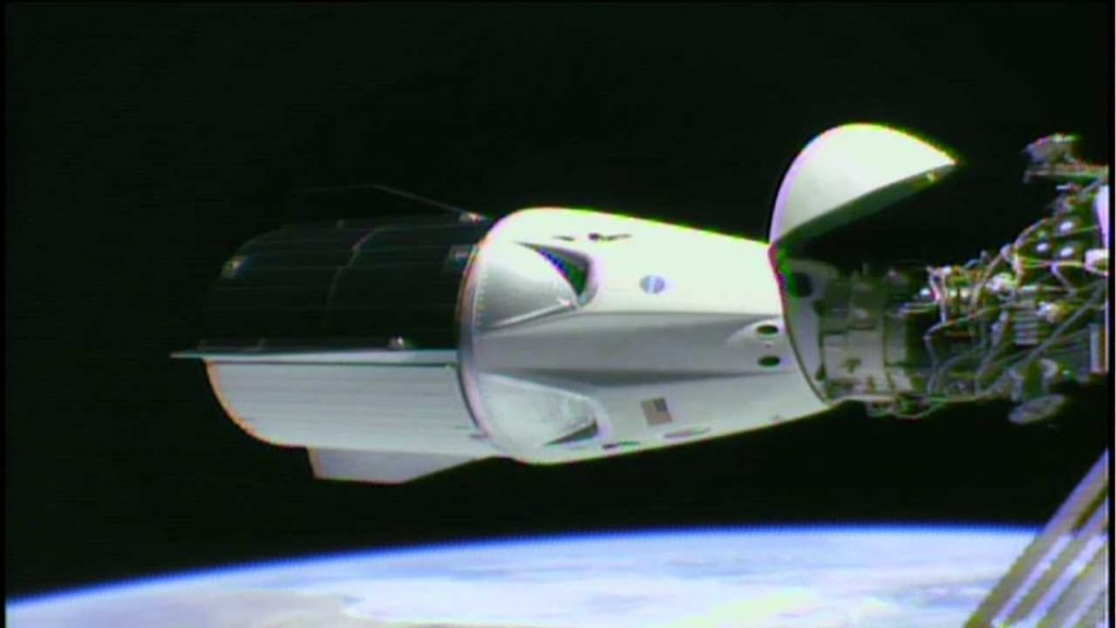 science news today  Hatches Closed on SpaceX Dragon 2 1