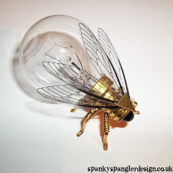 Steampunk brooch - Large Brass Fly Lightbulb Brooch - Unique Steampunk Steam Pun... 1